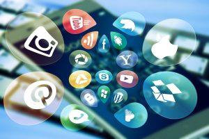 Social Media Apps auf das Smartphone laden